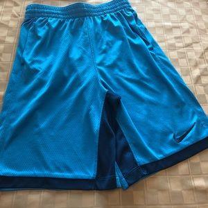 Nike Youth XL Dri-Fit Shorts in Sky Blue